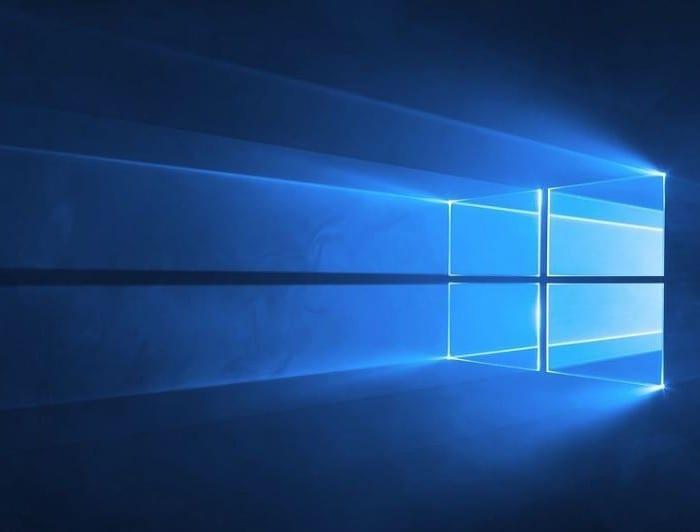Windowsスポットライトロック画面の画像が変わらない問題を修正
