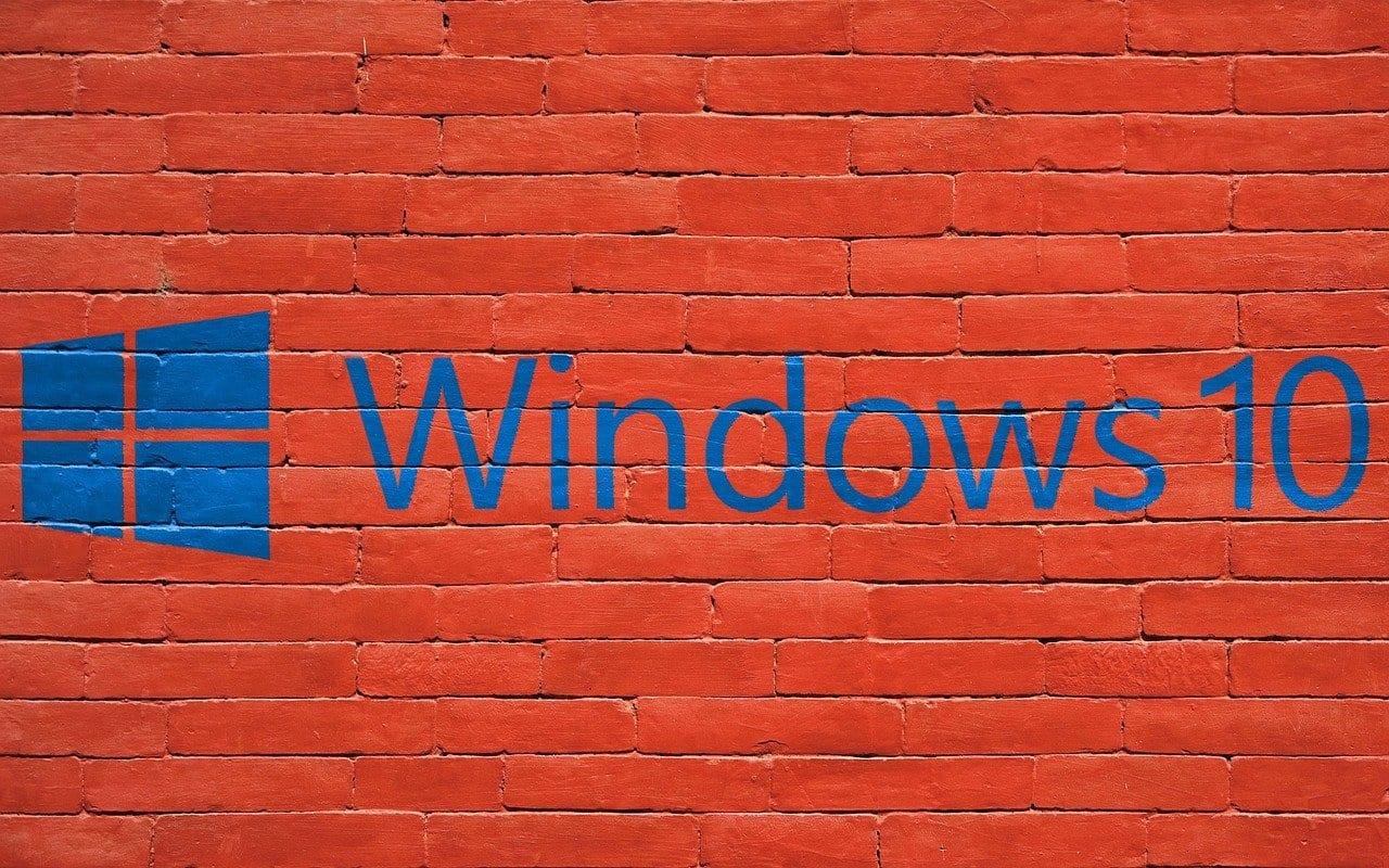 Windows 10:タスクバーを透過的にする方法