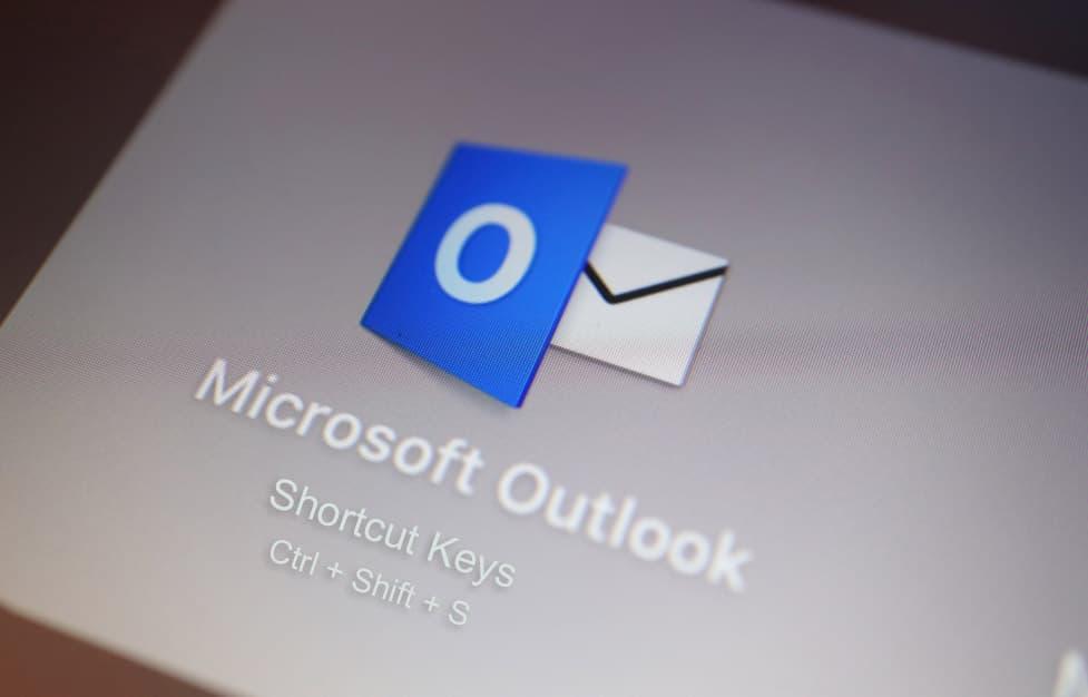 MicrosoftOutlookの重要なショートカットキー