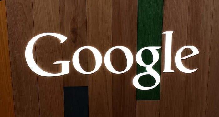 Googleの場所とWeb履歴を自動的に消去する