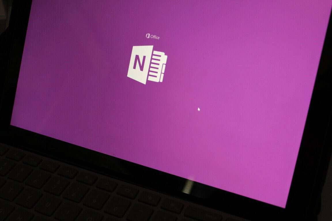 Windows、iOS、Android、およびMacOSでOneNoteのノートブックセクションをパスワードで保護する方法