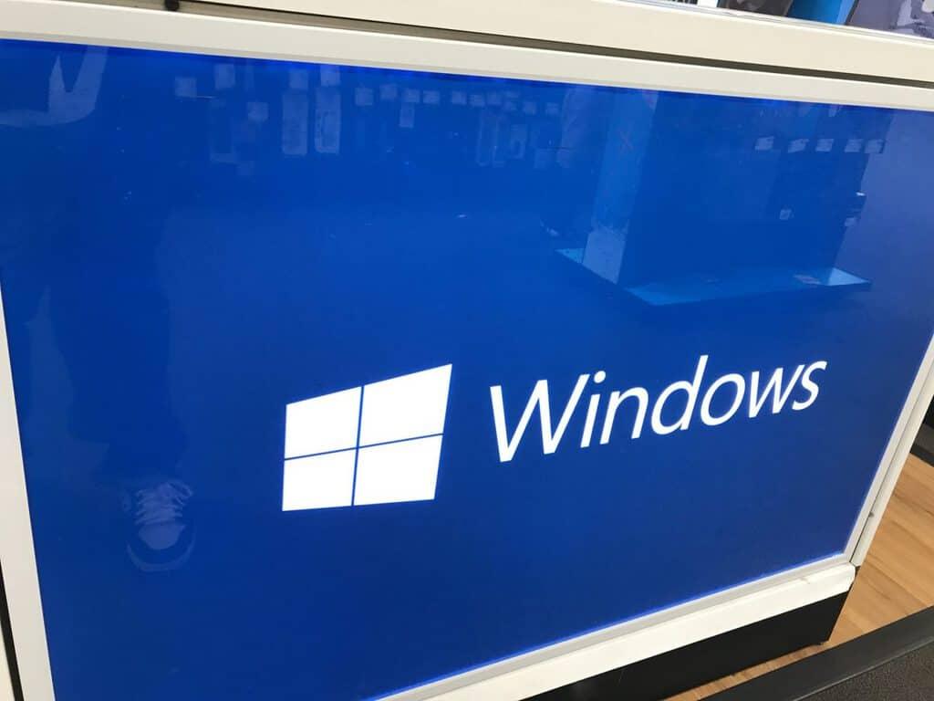 Cách tạo bản sao lưu hình ảnh hệ thống trong Windows 10