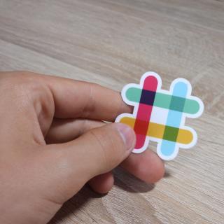 Slackで絵文字反応を利用する方法